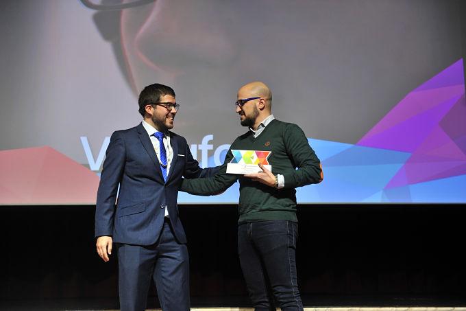 Vodafone y Wink, la voz de los eSports, muestran su orgullo en los Premios DEX