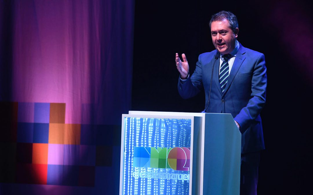 """Juan Espadas: """"Desde Sevilla se puede ser muy grande como ElDesmarque"""""""