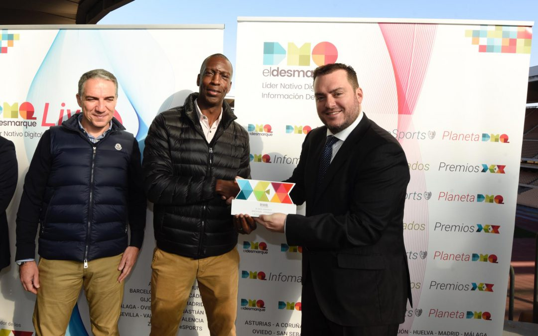ElDesmarque le entregó el premio DEX Leyenda a Michael Johnson
