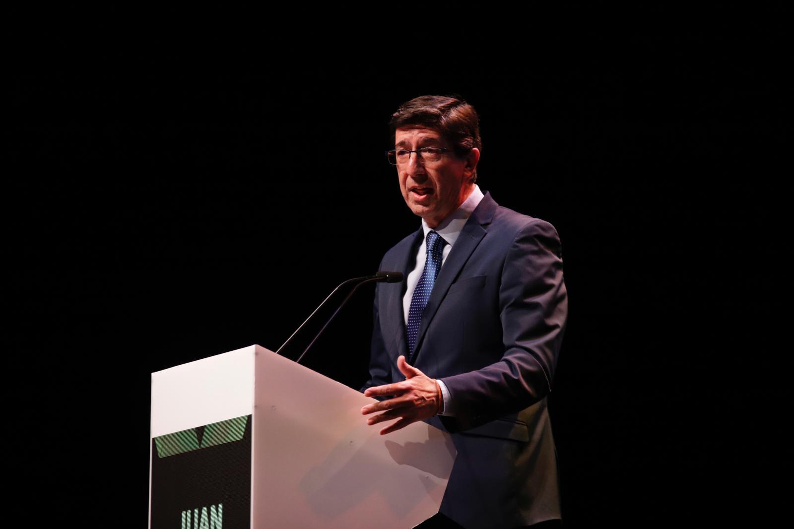 Juan Marín, durante su discurso en la III Gala de Premios DEX: